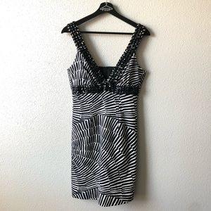Trina Turk Black & White Sleeveless Dress Size 4